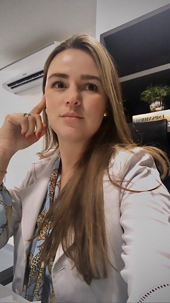 Drª Carolina Mundim